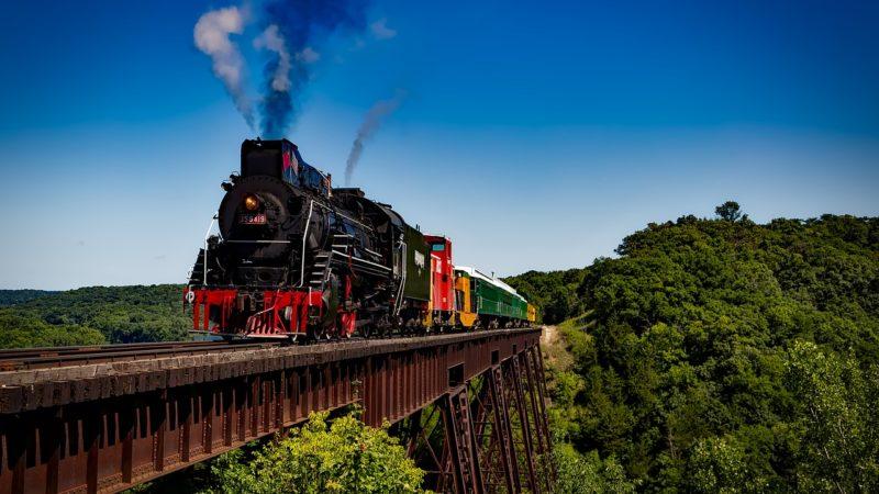 Viaggiare in treno in Italia: i percorsi più belli